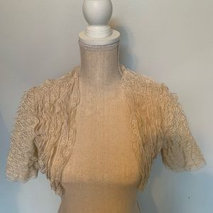 NWT BETSEY JOHNSON LACE RUFFLED CROPPED TOP